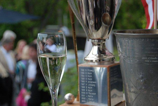 Fore In One champagne and trophies photo